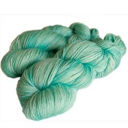 Seide Merino Fine Garn Strickwolle aus Merinowolle und Seide stricken häkeln Wolle kaufen online www.wollefein.ch